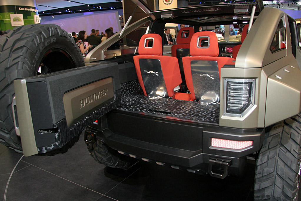 Hummer HX Concept    - 2008 North American International Auto Show (NAIAS)