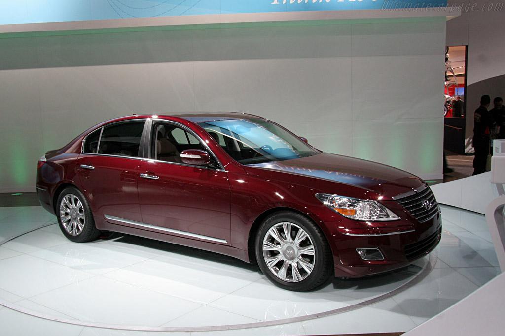 Hyundai Genesis    - 2008 North American International Auto Show (NAIAS)