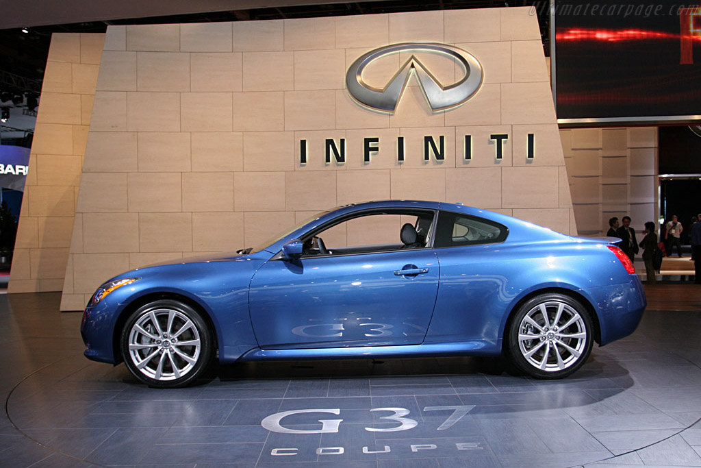 Infiniti G37 Coupe    - 2008 North American International Auto Show (NAIAS)