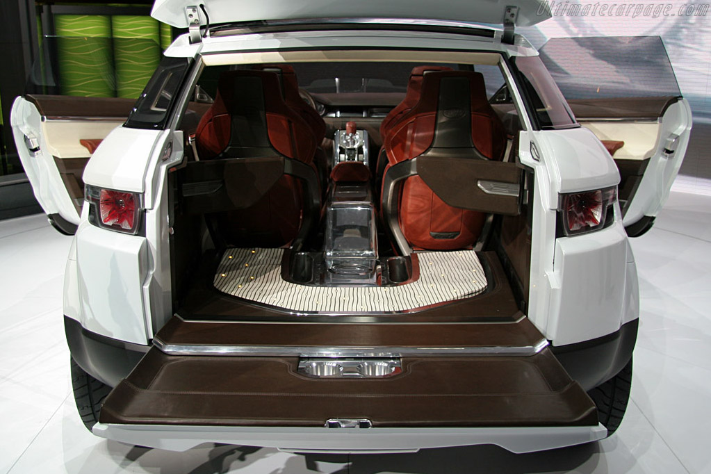 Land Rover International Show.Land Rover LRX Concept 2008 North ...