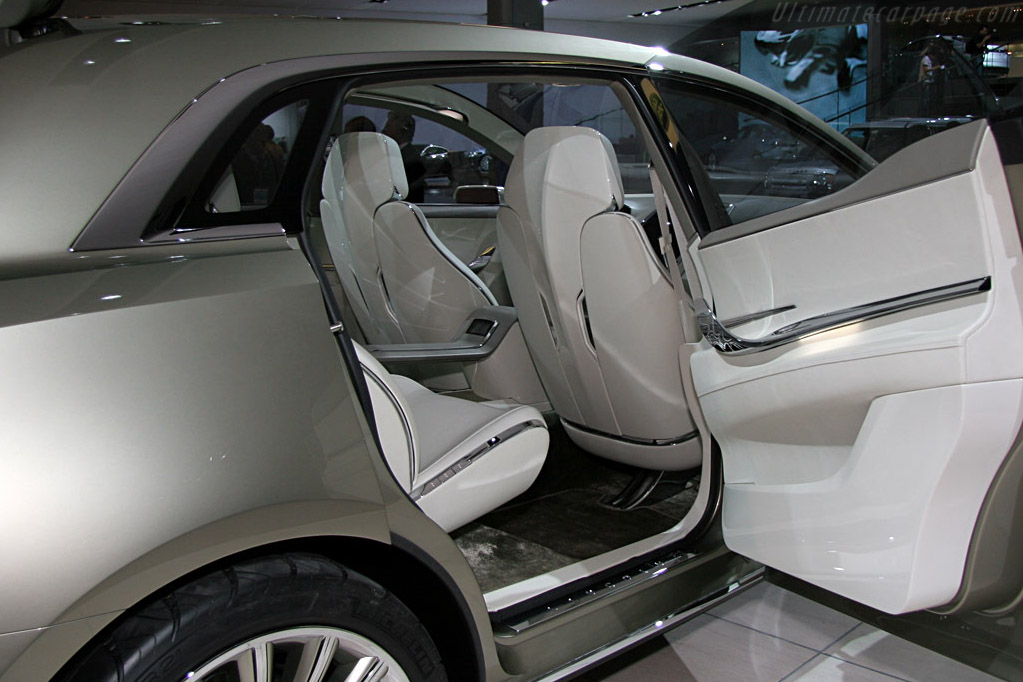 Lincoln MKT Concept    - 2008 North American International Auto Show (NAIAS)