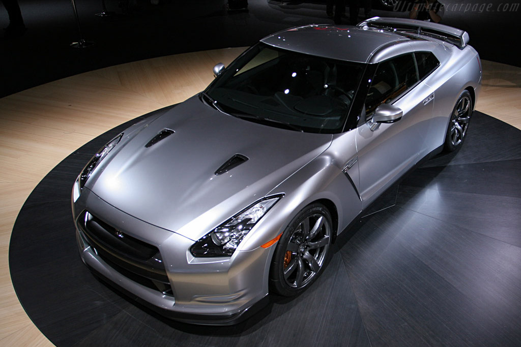 Nissan GT-R    - 2008 North American International Auto Show (NAIAS)