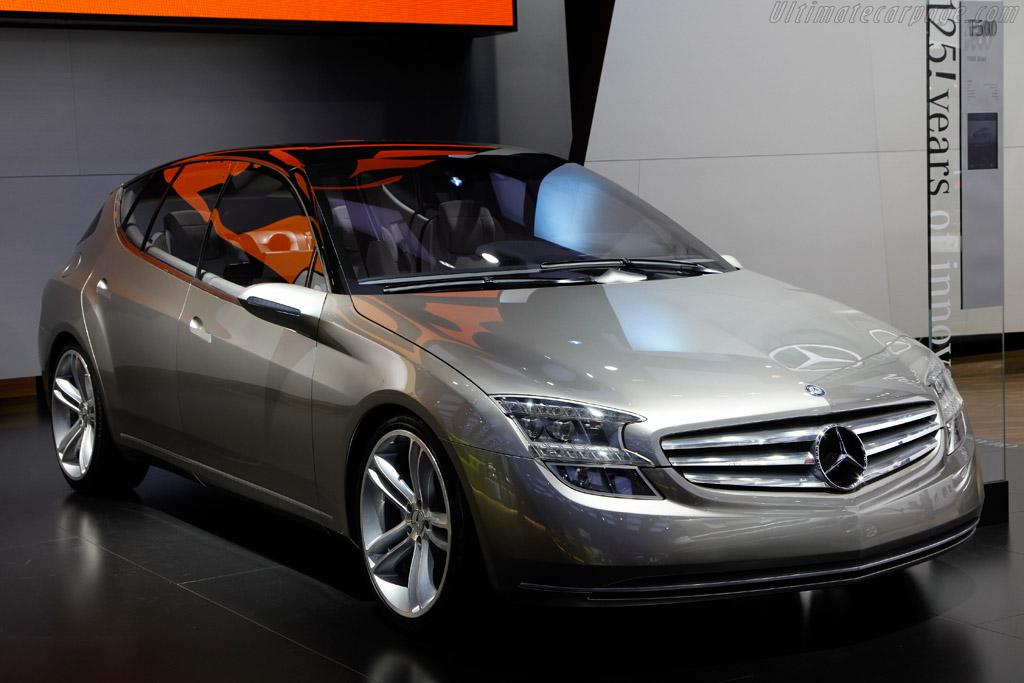 Mercedes benz f500 mind concept for Mercedes benz lease return
