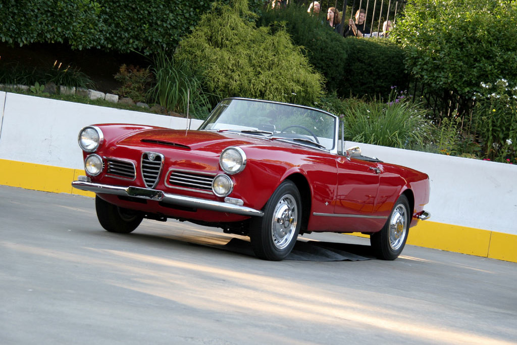 Alfa Romeo 2600 Spyder    - 2005 New York City Concours d'Elegance