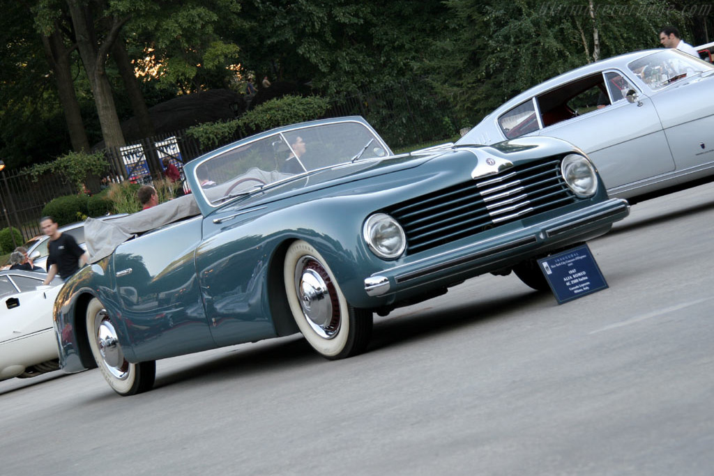 Alfa Romeo 6C 2500 S Stablimenti Farina Cabriolet - Chassis: 915339   - 2005 New York City Concours d'Elegance