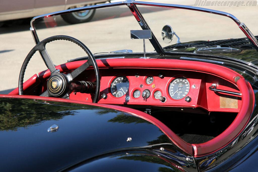 Jaguar XK 120    - 2005 New York City Concours d'Elegance