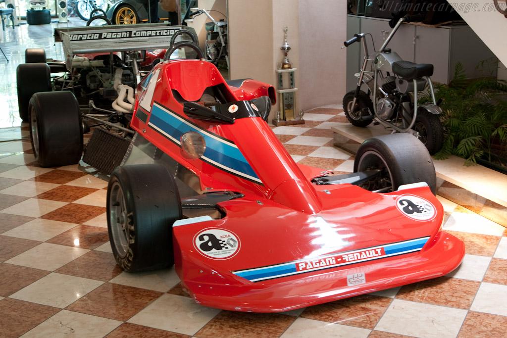 Pagani Formula Renault    - Horacio Pagani and his dream in carbon-fibre
