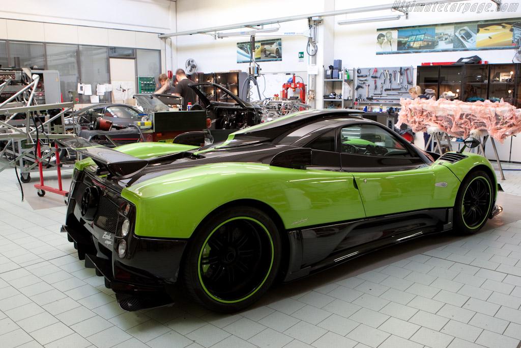 Pagani Zonda Cinque    - Horacio Pagani and his dream in carbon-fibre