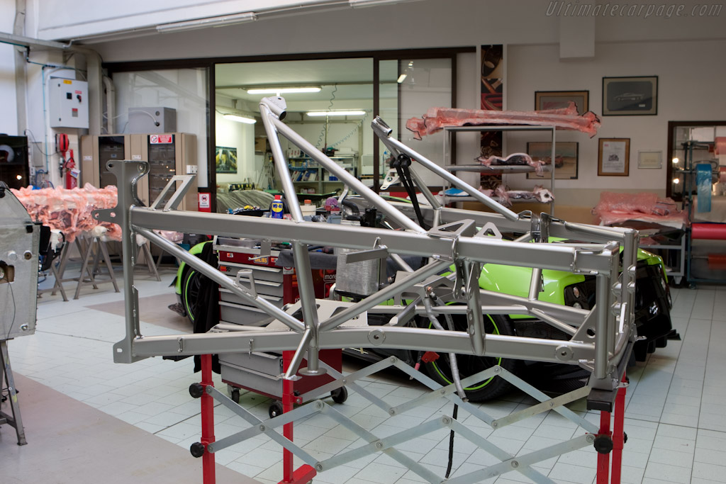 Rear sub-frame    - Horacio Pagani and his dream in carbon-fibre
