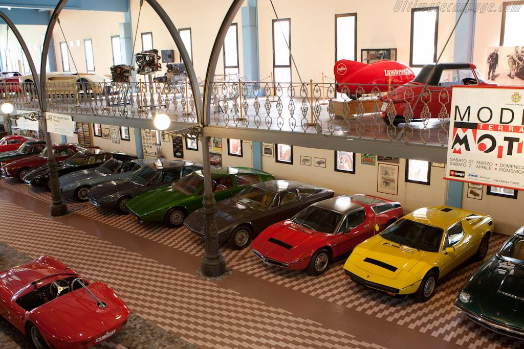 Maserati Road Cars    - Panini Maserati Collection