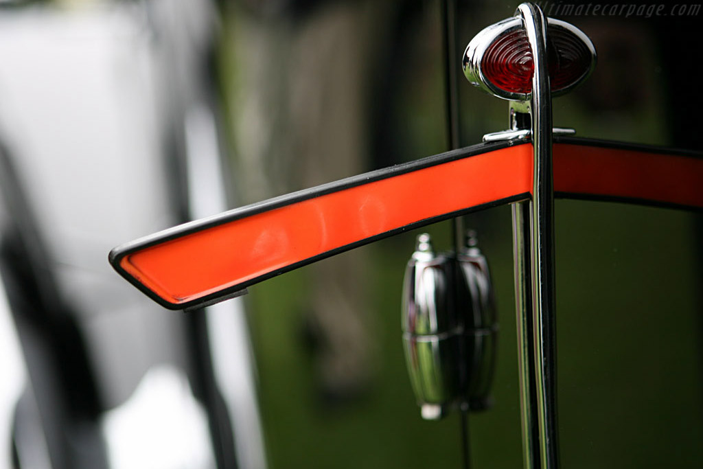 Bugatti Type 57 Paul Nee Pillarless Coupe - Chassis: 57397   - 2006 Pebble Beach Concours d'Elegance