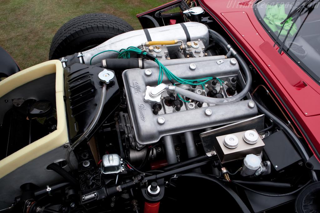 Alfa Romeo TZ2 - Chassis: AR750106   - 2009 Pebble Beach Concours d'Elegance