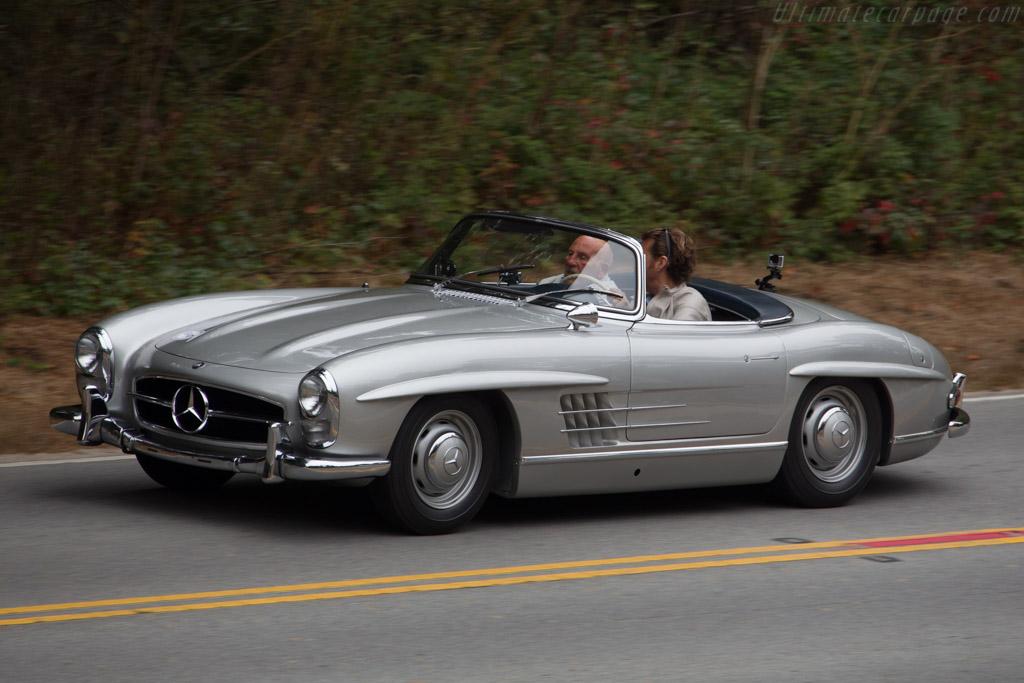 Mercedes benz 300 sl roadster driver justin bell 2016 for Mercedes benz sl 300