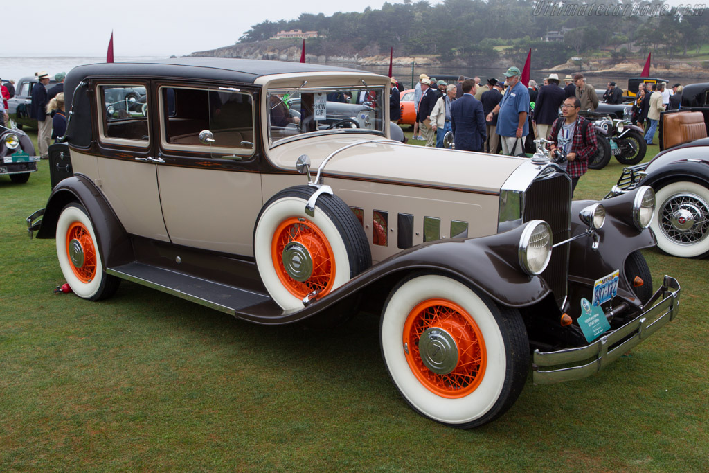 Pierce Arrow B Club Sedan  - Entrant: Ev & Gus Young  - 2013 Pebble Beach Concours d'Elegance
