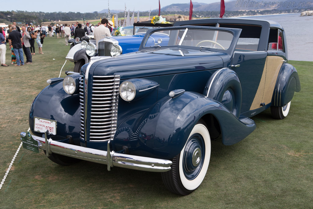 Buick 80 Fernandez & Darrin Coupe Chauffeur  - Entrant: Academy of Art University  - 2014 Pebble Beach Concours d'Elegance
