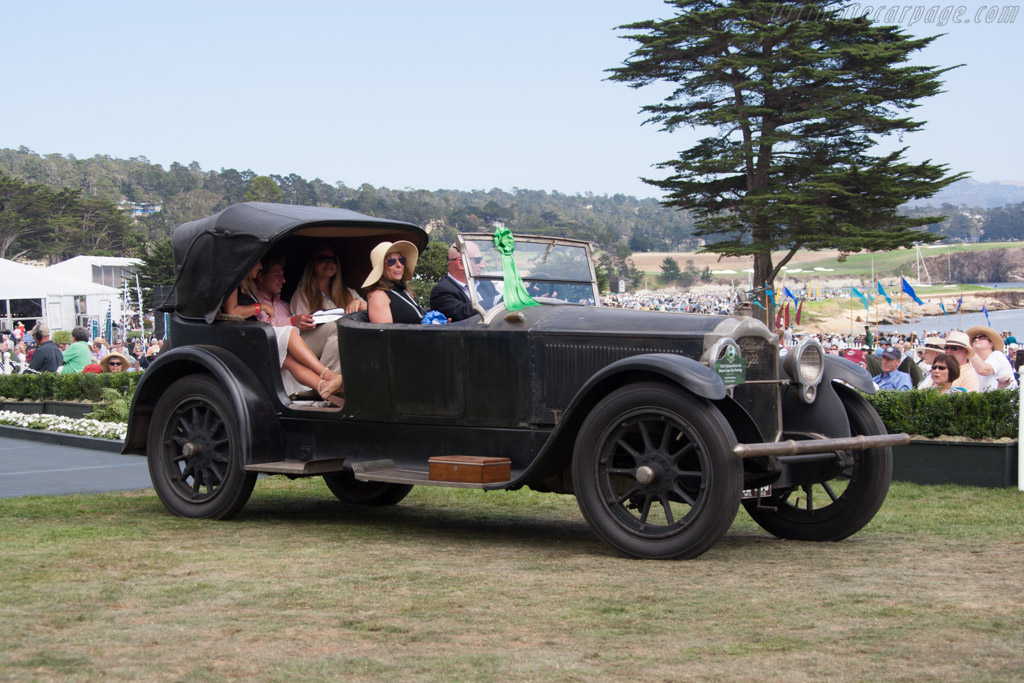 Packard Twin Six Brunn Cape Top Touring  - Entrant: Mark & Kim Hyman  - 2014 Pebble Beach Concours d'Elegance
