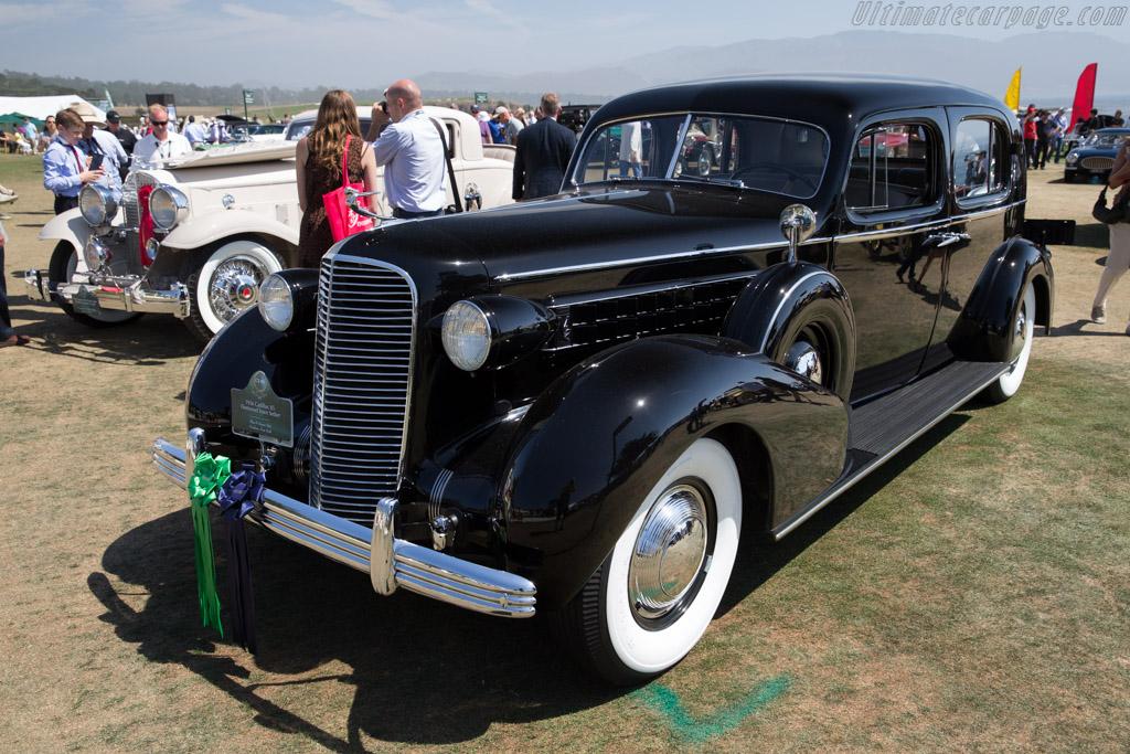 Cadillac 85 Fleetwood Town Sedan  - Entrant: Skip & Susan Tetz  - 2015 Pebble Beach Concours d'Elegance