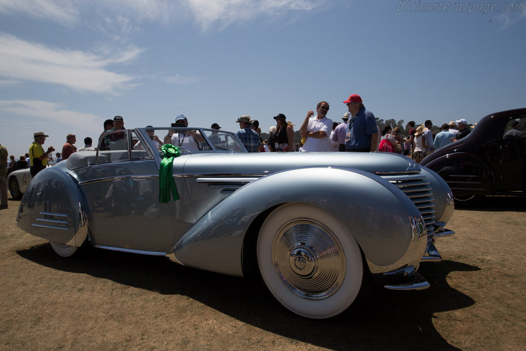 Delahaye 145 Franay Cabriolet - Chassis: 48772/3 - Entrant: Sam & Emily Mann  - 2015 Pebble Beach Concours d'Elegance