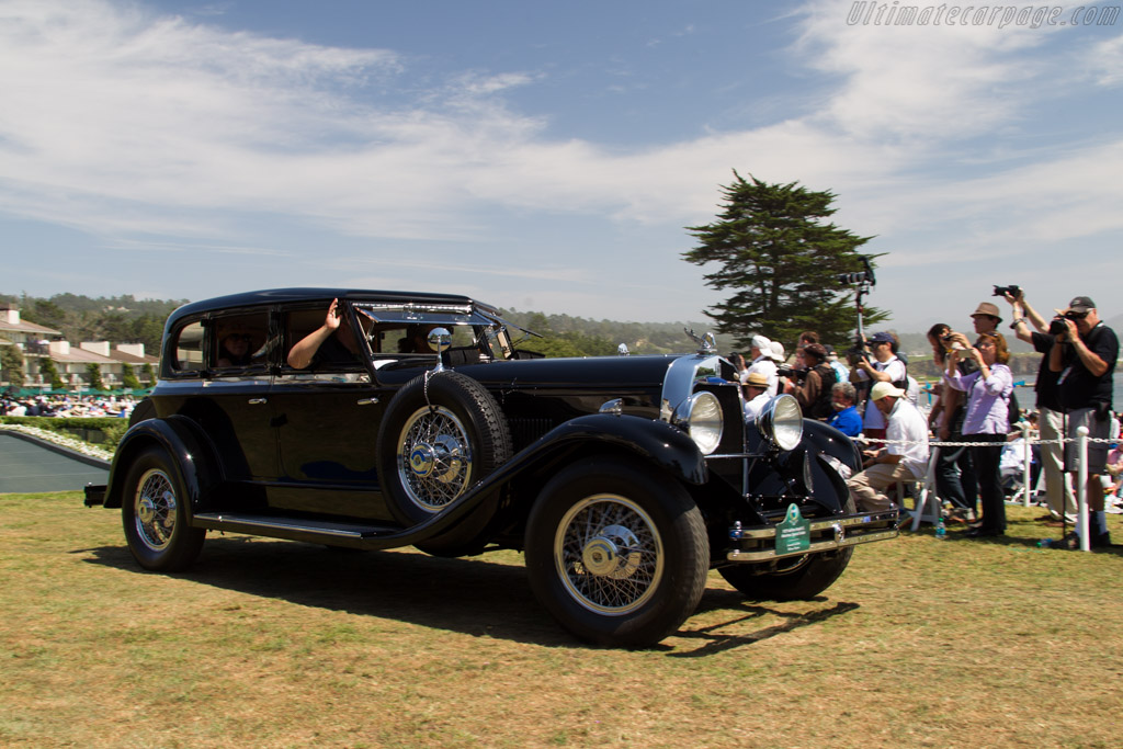 duPont Model G Merrimac Town Car  - Entrant: The Nethercutt Collection  - 2015 Pebble Beach Concours d'Elegance