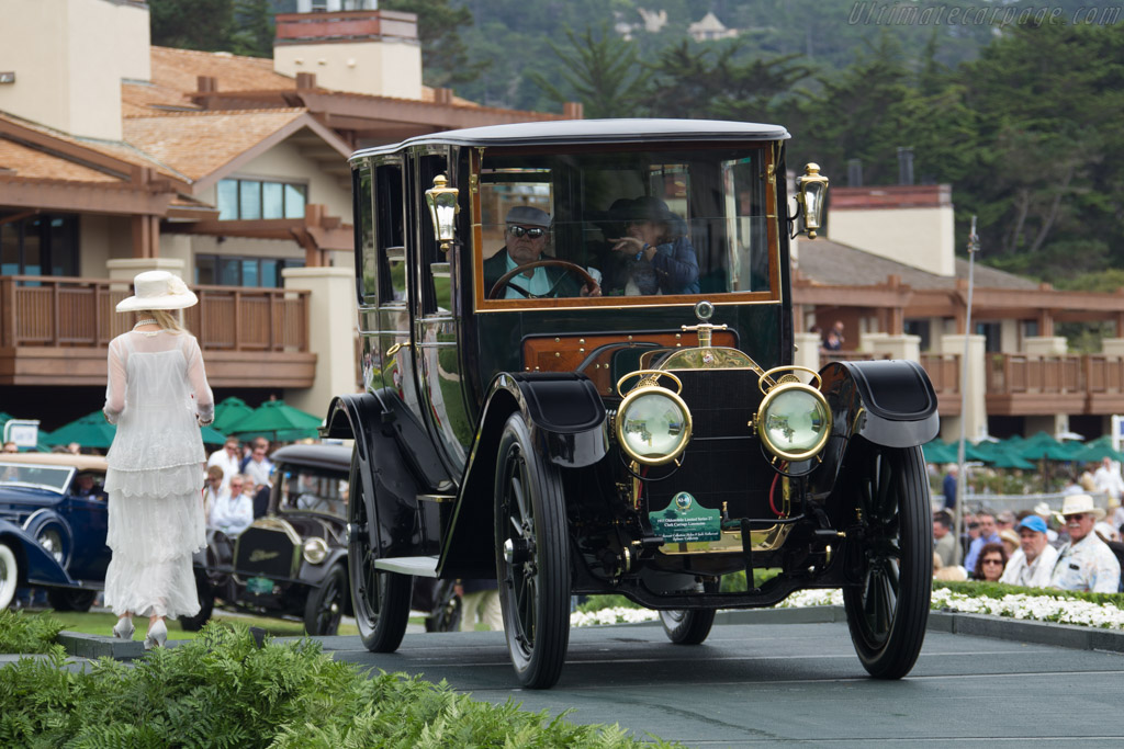 Oldsmobile Limited Series 27 Clark Carriage Limousine  - Entrant: The Nethercutt Collection  - 2016 Pebble Beach Concours d'Elegance