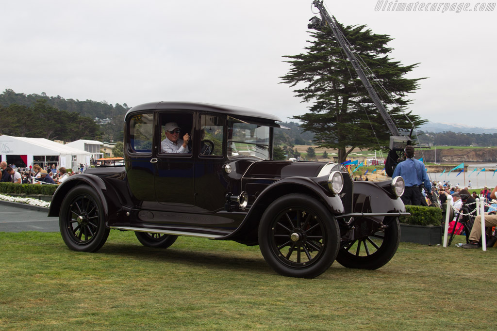 Pierce-Arrow 48 Coupe  - Entrant: Patrick & Kathryn Craig  - 2016 Pebble Beach Concours d'Elegance