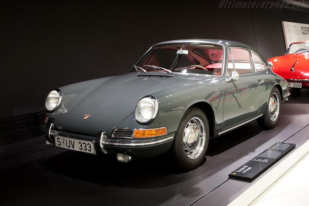 Porsche 911    - Porsche Museum Visit
