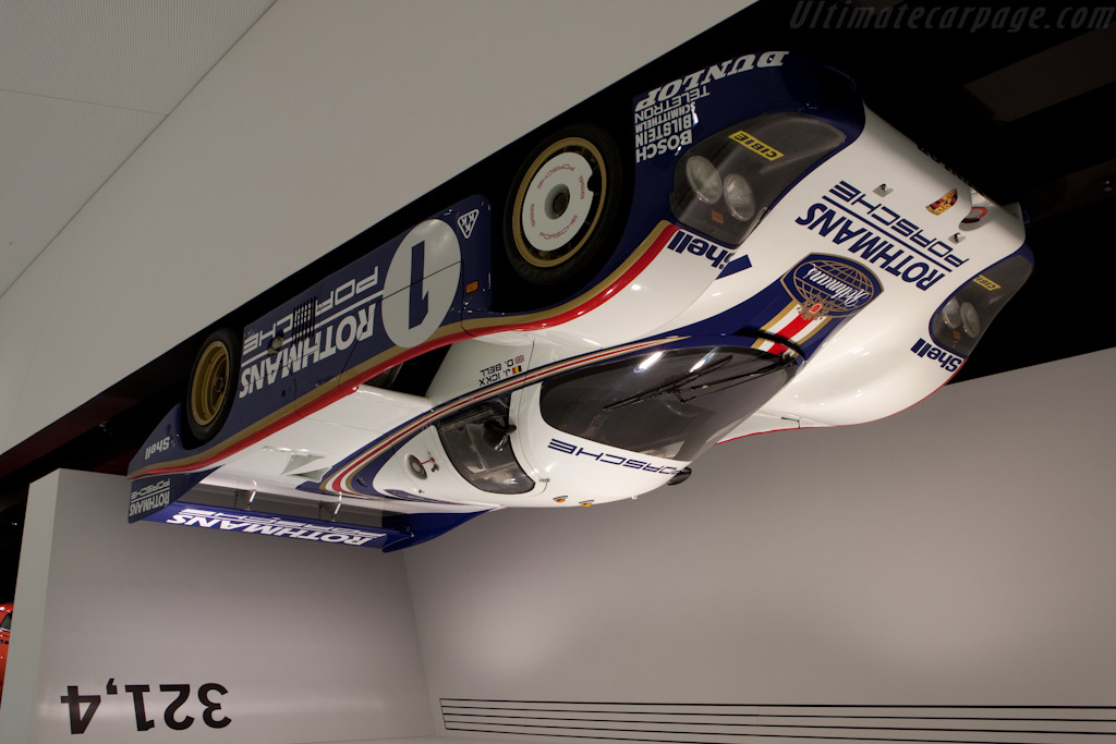 Porsche 956 can run upside down at 321.4 km/h - Chassis: 956-002   - Porsche Museum Visit