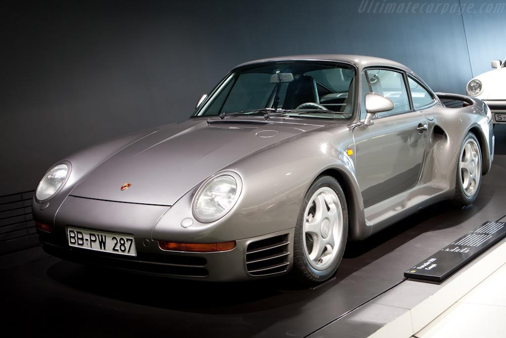 Porsche 959    - Porsche Museum Visit