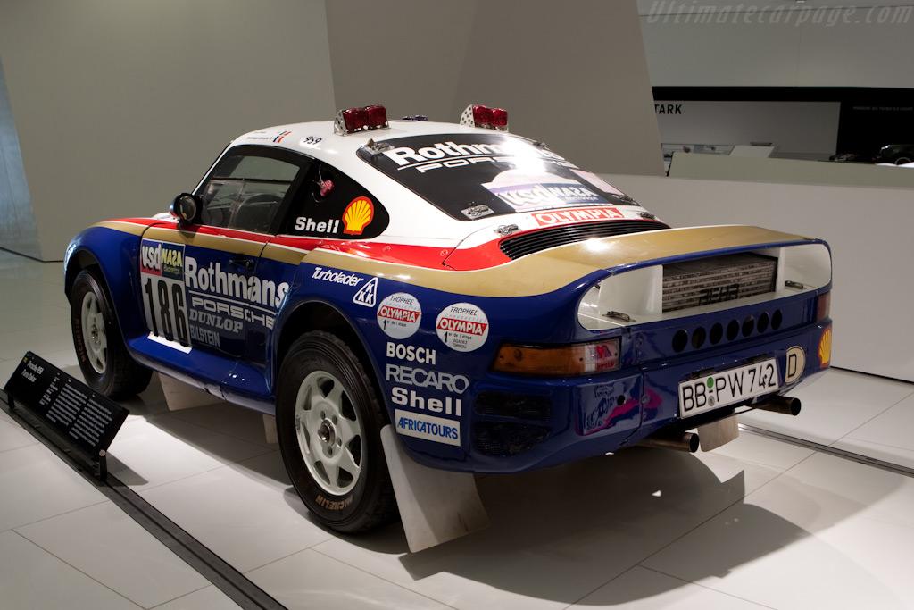Porsche 959 Dakar    - Porsche Museum Visit