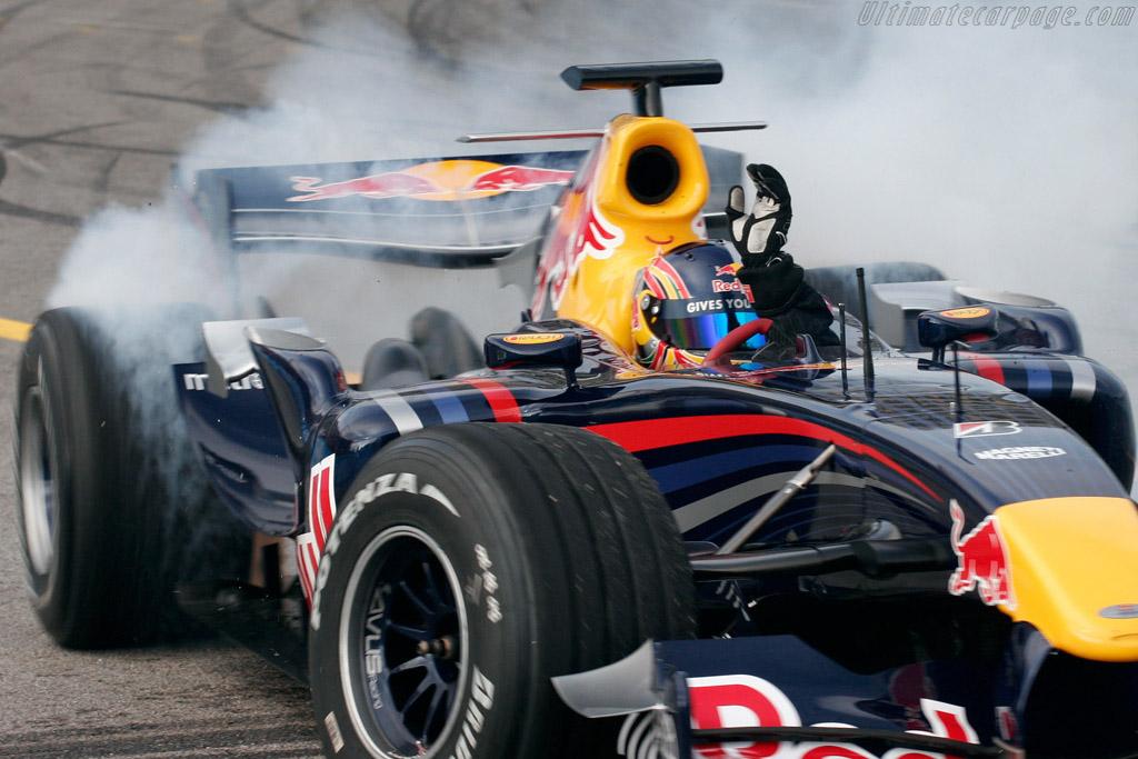 Adrian Zaugg shows off    - 2007 Porto Historic Grand Prix
