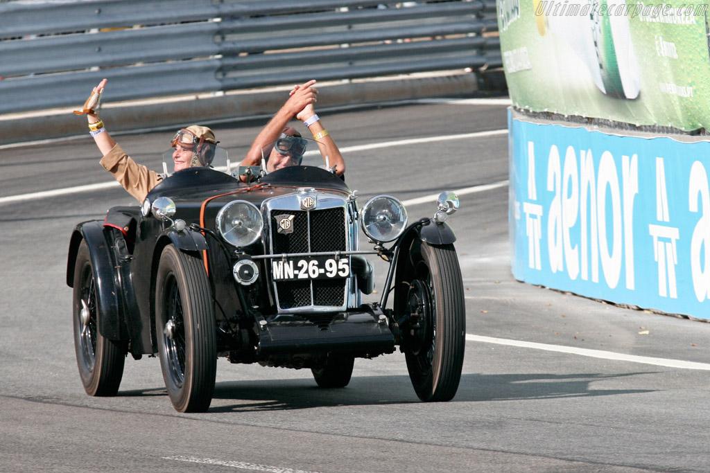 Classic car parade    - 2007 Porto Historic Grand Prix