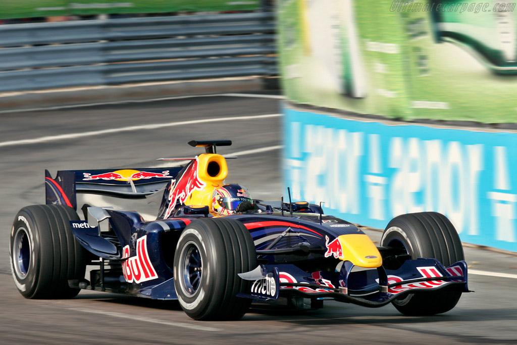 Red Bull F1 demo run    - 2007 Porto Historic Grand Prix