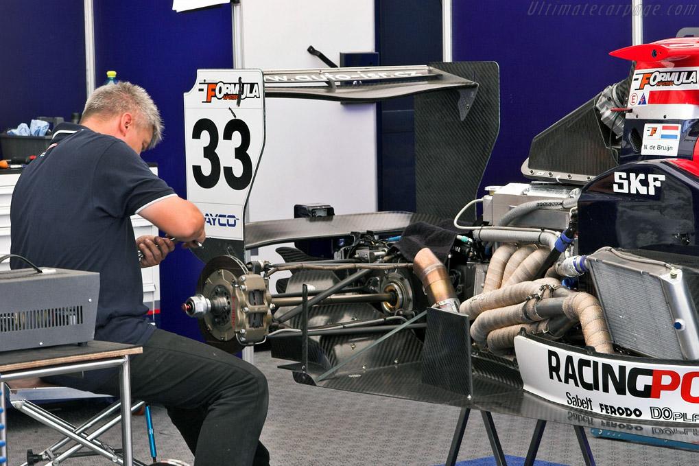 IFM teams getting ready    - 2007 WTCC - Circuito da Boavista
