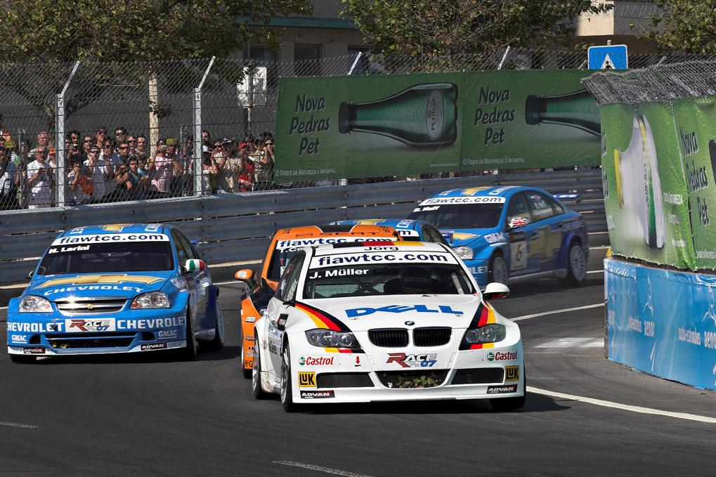 Muller ahed of Chevys    - 2007 WTCC - Circuito da Boavista