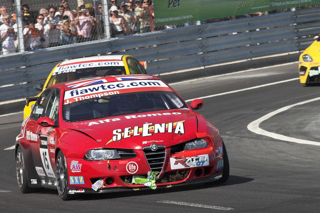 The Alfa showing some injuries    - 2007 WTCC - Circuito da Boavista