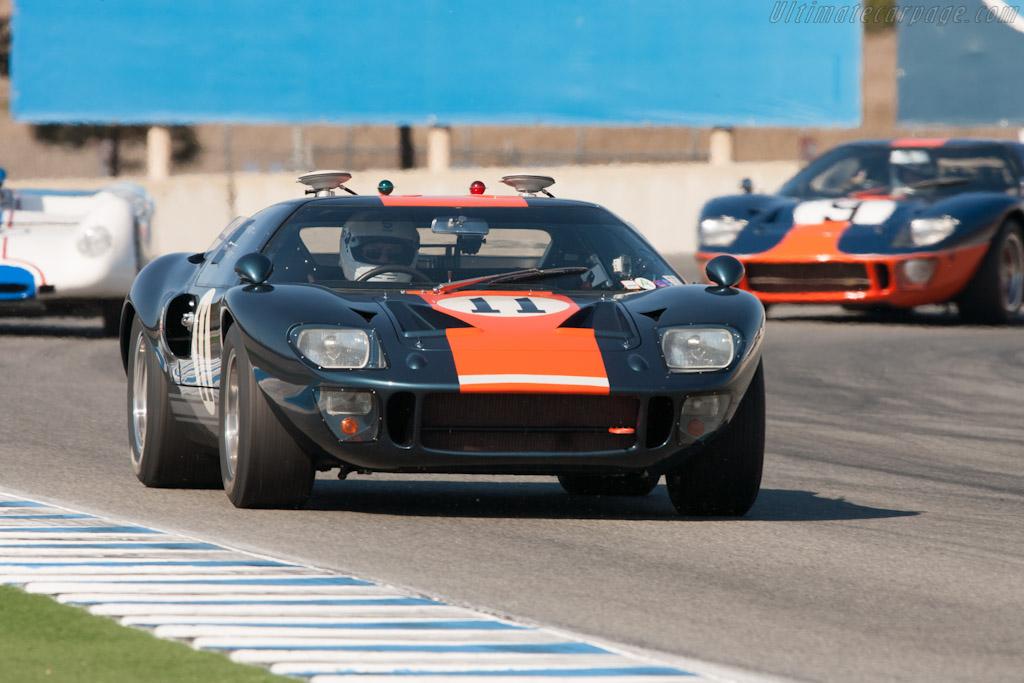 Ford GT40 - Chassis: GT40P/1049 - Entrant: Collier Automotive Museum - Driver: John Morton  - 2012 Monterey Motorsports Reunion