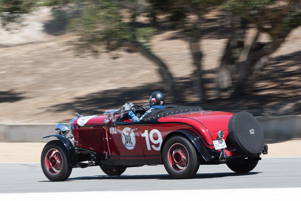 Chrysler CD-8 Le Mans - Chassis: 1601R - Driver: Howard Swig  - 2013 Monterey Motorsports Reunion