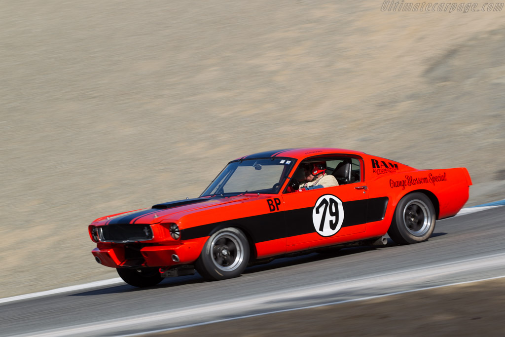 Ford Shelby Mustang GT350 - Chassis: SFM5S307 - Driver: Forrest Straight  - 2015 Monterey Motorsports Reunion