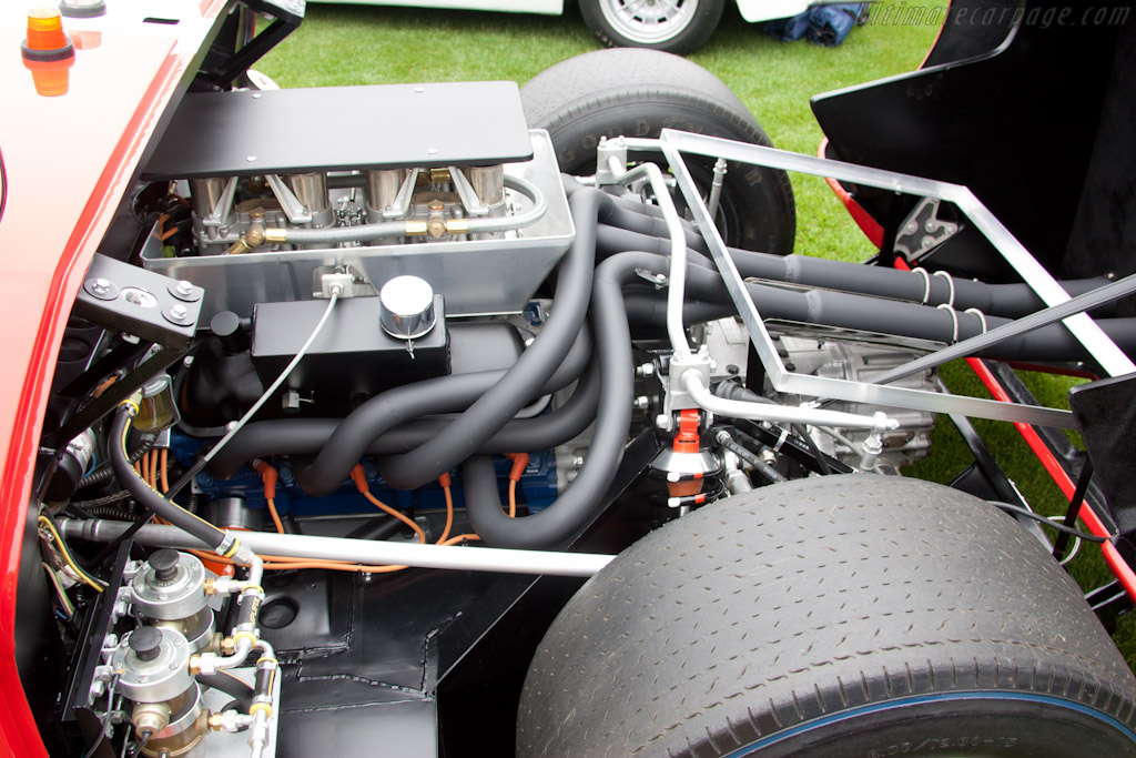 Ford GT40 - Chassis: GT40P/1040  - 2011 The Quail, a Motorsports Gathering