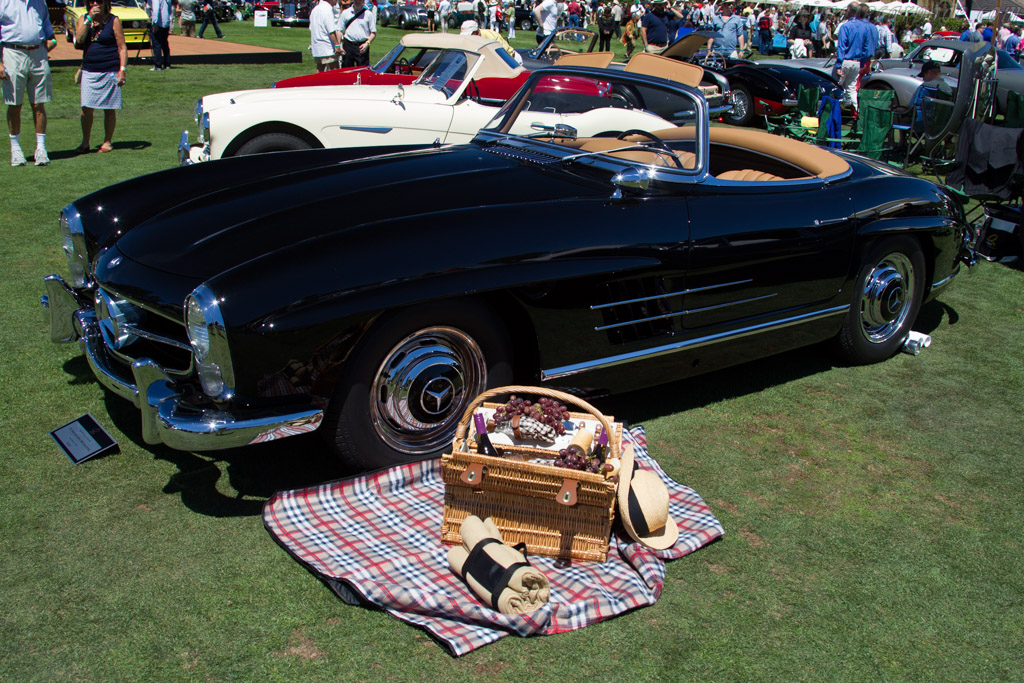 Mercedes-Benz 300 SL Roadster - Chassis: 198.042.7500264 - Entrant: Laurie Florkiewicz  - 2015 The Quail, a Motorsports Gathering