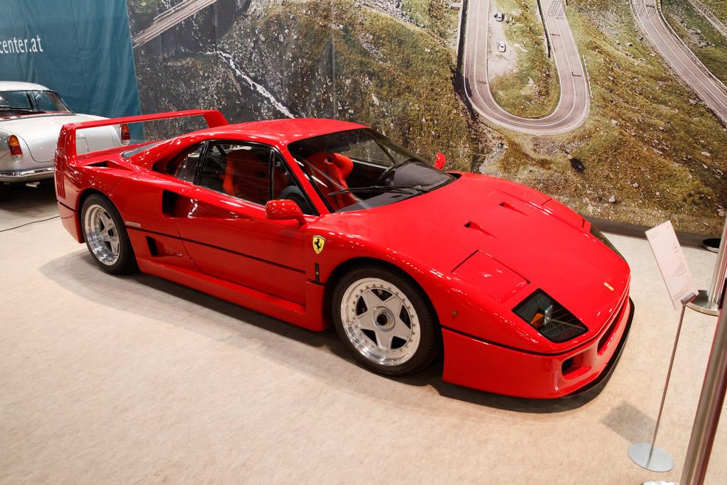 Ferrari F40 - Chassis: 90549 - Entrant: Hoedlmayr  - 2019 Retromobile