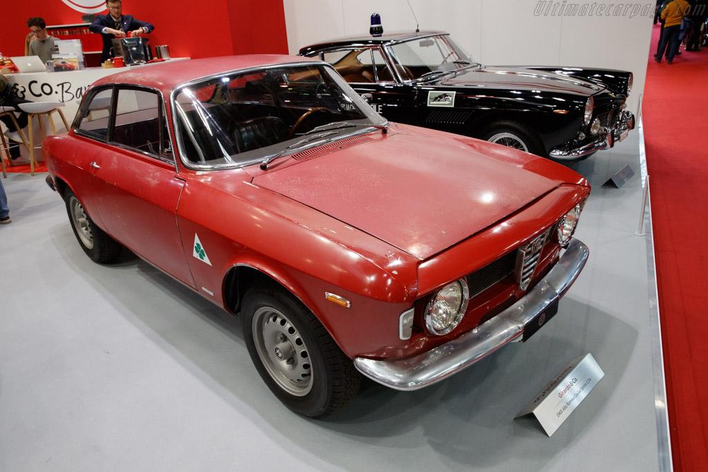 Alfa Romeo Giulia GTA - Chassis: AR613372 - Entrant: Girardo & Co. - 2020 Retromobile