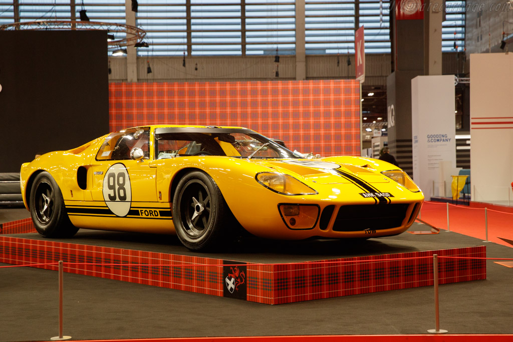 Ford GT40 - Chassis: GT40P/1069 - Entrant: Fiskens - 2020 Retromobile