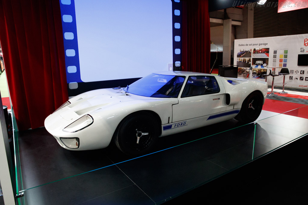 Ford GT40 - Chassis: GT40P/1020  - 2020 Retromobile