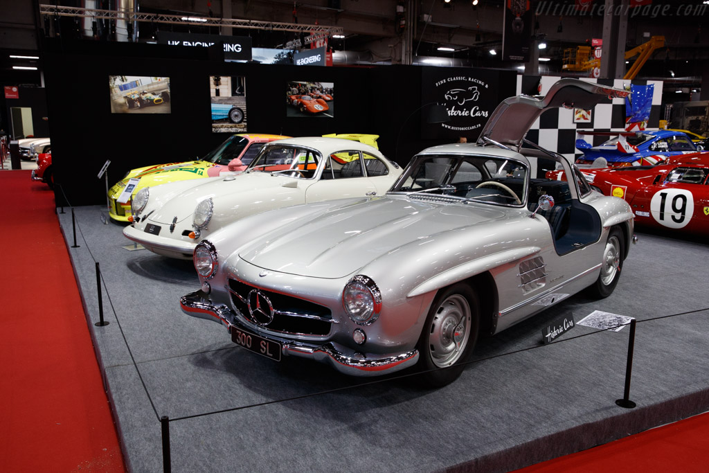 Mercedes-Benz 300 SL Gullwing - Chassis: 198.040.4500021 - Entrant: Historic Cars - 2020 Retromobile