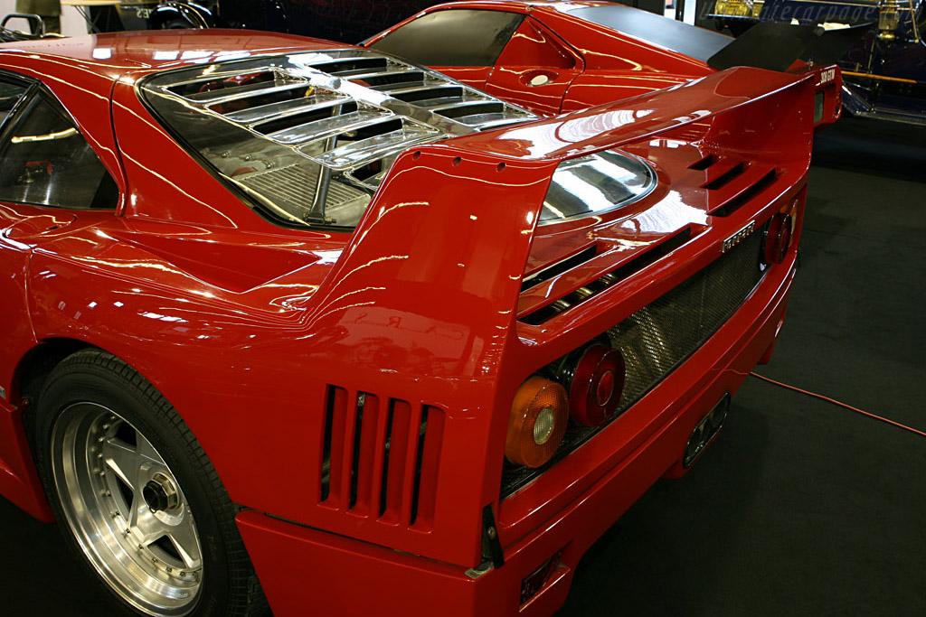 Ferrari F40    - 2007 Retromobile