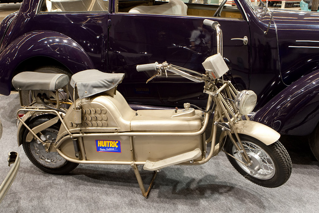 Paupe electric scooter    - 2009 Retromobile