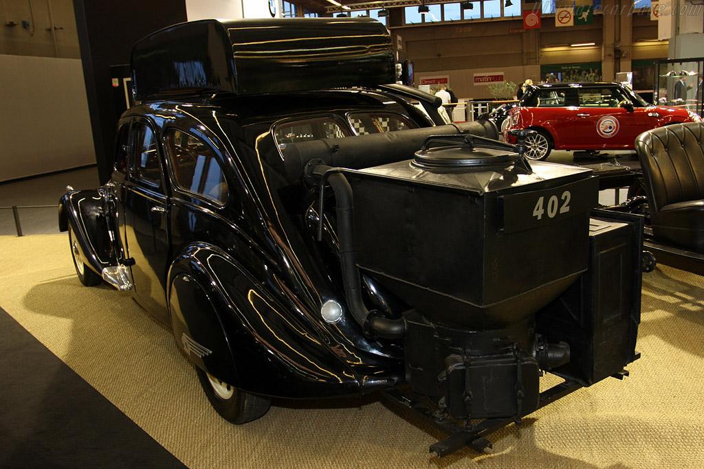 Peugeot 402 Gazogene    - 2009 Retromobile