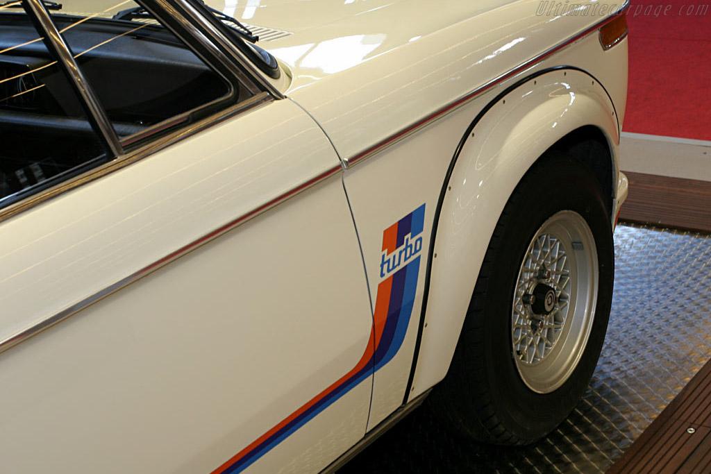 BMW 2002 Turbo    - 2006 Retromobile