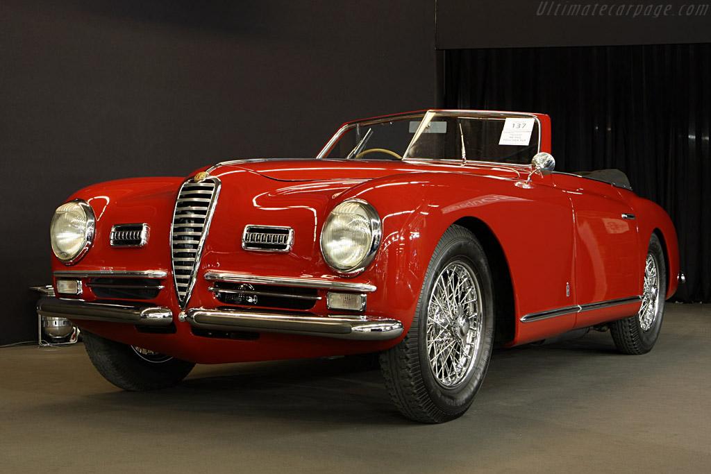 Alfa Romeo 6C 2500 SS Pinin Farina Cabriolet - Chassis: 915647   - 2008 Retromobile